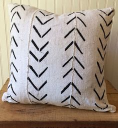 24 Inch White African Mud Cloth Pillow Cover