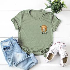 Casual Cartoon Print Short Sleeve Plus Size T-shirt can cover your body well, make you more sexy, Newchic offer cheap plus size fashion tops for women. T Shirt Top, Neck T Shirt, Casual T Shirts, Casual Tops, Casual Wear, Women's Dresses, Printed Tees, Printed Cotton, Casual Summer