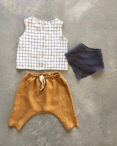 #babyootd surely 😆 . . . . #linenoutfit #linenclothes #babylinenclothes #babylinenoutfit #boylinenclothes #linenpants #babyboyoutfit… Kinder Outfits, Baby Boy Fashion, Toddler Fashion, Kids Fashion, Baby Boy Outfits, Toddler Outfits, Fall Outfits, Kid Closet, Baby Boys