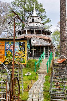 Paradise Garden: Folk Art Church