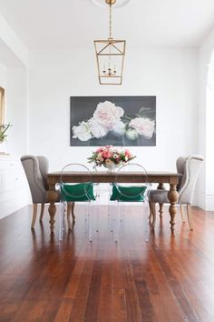 Dining Room Design, Dining Room Chairs, Dining Room Furniture, Dining Rooms, Dining Table, Acrylic Dining Chairs, Furniture Ideas, Ghost Chairs Dining, Outdoor Dining