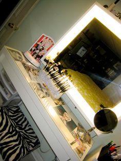 mac_cosmetics: my little vanity table. Makeup Storage Organization, Make Up Storage, Makeup Rooms, Beauty Room, New Room, Home Interior Design, Room Inspiration, Bedroom Decor, Bedroom Ideas