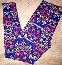 LuLaRoe Leggings TC Tall and Curvy Leggings- Amazing New Hard To Find Pattern!