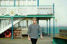 """Foto de Niall en HQ en la sesion de fotos para el videoclip de su nuevo single """"You and I""""."""