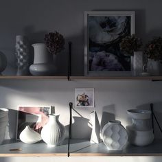 I love the shadows at play when the sun begins its journey below the horizon ✨☀️#shelfie #shadows #playwithlight #instahome