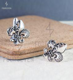 Fleur de Lis Cufflinks in Pure 925 Sterling Silver.