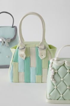 Cute purse cakes!