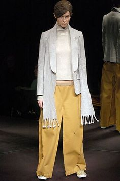 Undercover Fall 2005 Ready-to-Wear Collection Photos - Vogue