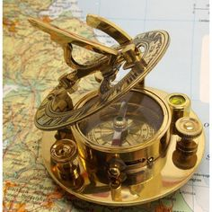 Hospitable Solid Brass Compass West London Sundail Compass Antique With Leather Box Clear-Cut Texture Maritime Compasses
