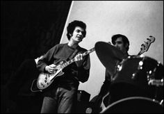 On February 1981 the world lost one of the greatest white blues guitarists of all time. Michael Bernard Bloomfield lived and breathed the blues. Mike Bloomfield, Michael Bernard, The Great White, Rock Bands, Music Artists, Good Music, Guitars, Musicians, Blues