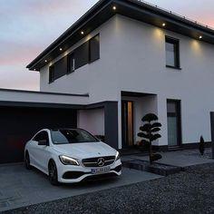 Mercedes Benz Dream Home Design, Modern House Design, My Dream Home, Luxury Homes Dream Houses, Best Luxury Cars, Dream House Exterior, House Goals, Exterior Design, Future House