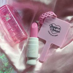 감성 предметы макияжа, эстетика 및 розовый. Aesthetic Colors, Aesthetic Grunge, Aesthetic Vintage, Aesthetic Pictures, Violet Aesthetic, Aesthetic Pastel, Aesthetic Food, Cute Pink, Pretty In Pink