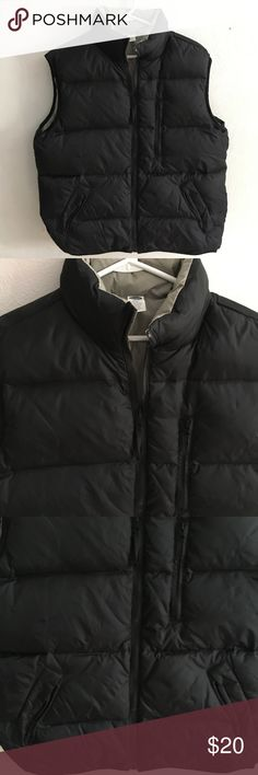 Old Navy Large Puffer Vest Brand: Old Navy  Size: Large  Style: Puffer Vest Used condition  Smoke free and pet friendly home Old Navy Jackets & Coats Vests
