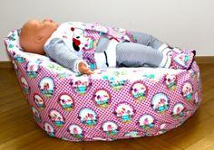 Baby- oder Kinder Sitzsack, Flamingos und Füchse von margaretes handmadebox auf DaWanda.com
