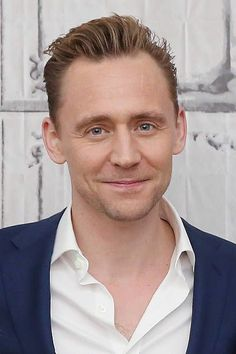 Actor Tom Hiddleston attends AOL Build Series to discuss 'HighRise' at AOL Studios in New York on April 20 2016 in New York City Thomas William Hiddleston, Tom Hiddleston Loki, Marvel Actors, Loki Marvel, Tom Hollan, Baby Toms, Hollywood, The Best Films, Loki Laufeyson