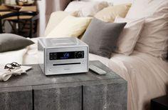 www.sonoro.de - Glänzender Sound. Wieso nicht auch im Schlafzimmer? #raumwelten #design #audio #hifi #schlafzimmer #radio #cdplayer #stereoanlage #raumwelten