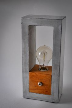 Handmade Concrete & Wood Table Lamp #ConcreteLamp