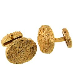 Van Cleef & Arpels Yellow Gold Cufflinks | See more rare vintage Cufflinks at https://www.1stdibs.com/jewelry/cufflinks/cufflinks