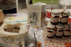 Inno al #Sangiovese tra confetture di ciliegia e semi di #canapa...produzioni di #Romagna - Antica Fiera della Canapa #Gambettola 22 Novembre 2014 #tenutaneri