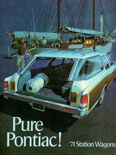 1971 Pontiac Wagons brochure.
