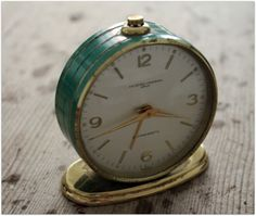 Aunts old  clock...