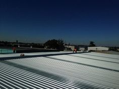 http://www.rooflessroofing.com.au/projects-corrugated-roofing-kliplok-zincalume/