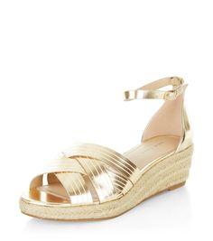 Espadrilles à plateforme dorées à brides croisées et bride de cheville   New  Look Chaussures New 9f888efe0ada