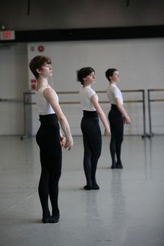 Kirov Academy of Ballet • Male technique class (I went here!)