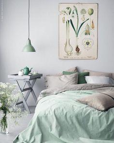 Domingo é dia de relaxar! Uma cama aconchegante almofadas fofinhas e um chá quentinho... ótimo dia #decoration #instadecor #instahome #casa #home #interiordesign #homedesign #homedecor #homesweethome #inspiration #inspiração #inspiring #decorating #decorar #decoracaodeinteriores #Mobly #MoblyBr #saladeestar