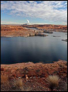 Lake Powell, Glen Canyon National Recreation Area, Arizona; photo by .rickz