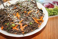 No Empty Fridge: Cold Soba Noodle Salad with Sesame-Soy Vinaigrette Cold Soba, Asian Recipes, Ethnic Recipes, Noodle Salad, Vinaigrette, Japchae, Empty, Drink, Food