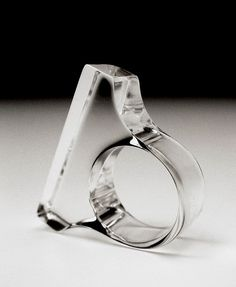 just like the clean lines of this acrylic ring