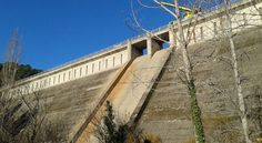Recuperación de válvulas y tuberías en la presa 'El Pajarero' (Ávila) #hidrodemolición