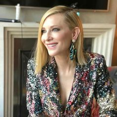 Awesome Celebrity Jewelry Looks From June 2018 - 10 Awesome Celebrity Jewelr. - 10 Awesome Celebrity Jewelry Looks From June 2018 – 10 Awesome Celebrity Jewelry Looks From June Awesome Celebrity Jewelry Looks From June Cate Blanchett, Glasses For Your Face Shape, Celebrity Jewelry, Renaissance Dresses, Portraits, Style Challenge, Gwyneth Paltrow, Trends, Costume Design
