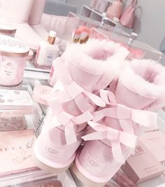 ♡ aesthetic fashion, aesthetic clothes, pink aesthetic, cute uggs, pink u. Cute Pink, Pretty In Pink, Pretty Kids, Pink Fashion, Fashion Shoes, Cozy Fashion, Fashion Outfits, Cute Shoes, Me Too Shoes