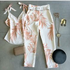 Swans Style is the top online fashion store for women. Shop sexy club dresses, jeans, shoes, bodysuits, skirts and more. Classy Outfits, Stylish Outfits, Cute Outfits, Girl Fashion, Fashion Dresses, Womens Fashion, Fashion Fashion, Summer Outfits, Girl Outfits
