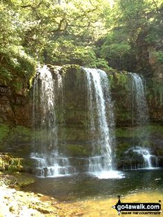 brecon beacons national park - Sgwd yr Eira (waterfall)