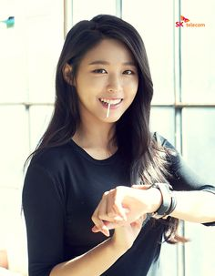 Simkunghae : Photo Pretty Asian, Beautiful Asian Women, Korean Beauty, Asian Beauty, Kim Seolhyun, Asian Hotties, Korean Model, Korean Actresses, Korean Girl Groups