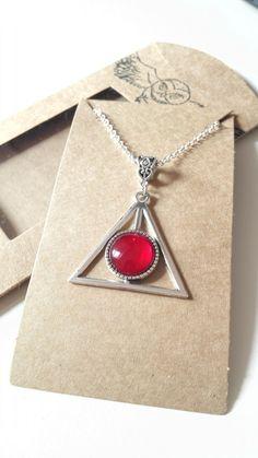66970902a553 Collier Harry Potter Les reliques de la mort hibou coffret cadeau kraft box  argenté cabochon rouge