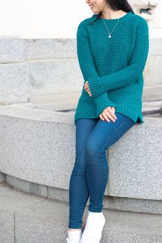 Ravelry: Weekend Snuggle Sweater pattern by Grace forthefrills Modern Crochet, Easy Crochet, Free Crochet, Knit Crochet, Crochet Tops, Crochet Winter, Knit Tops, Crochet Things, Crochet Cardigan