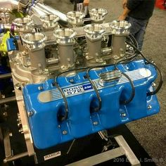 Ford Boss 572 c. Motor Engine, Car Engine, Ford Racing Engines, Custom Muscle Cars, Crate Engines, Performance Engines, Ford Classic Cars, Classic Trucks, Mustang Fastback