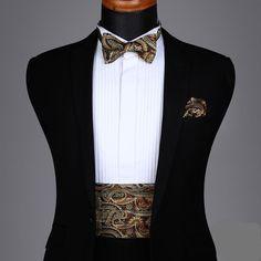 Gold and Brown Paisley Cummerbund Set Wedding Dresses Men Indian, Wedding Dress Men, Wedding Men, Wedding Suits, Indian Men Fashion, Mens Fashion Wear, Men's Fashion, Marriage Suits, Black Suit Wedding