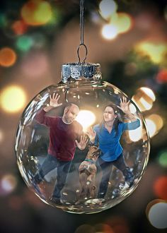 My wife and I have a yearly tradition of creating a goofy Christmas card using photoshop. We even got the dog involved! Fun Christmas Photos, Xmas Photos, Easy Christmas Crafts, Holiday Pictures, Christmas Love, Christmas Balls, Christmas Decorations, Photos Originales, Christmas Photography