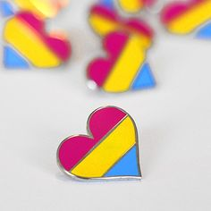 Pride pin Pansexual LGBTQ gay heart flag - An enamel pin for clothes and bags