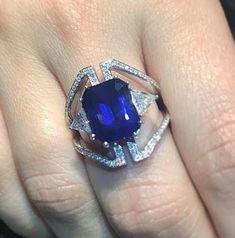 Big blue strikes again 7.30 cts Ceylon Royal #bluesapphire set in a #oneofakind #ring #nikoskoulisjewels