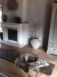 my fireplace façaded up Rustic Style, Modern Rustic, Modern Farmhouse, Shabby, Lodge Style, Fireplace Remodel, White Rooms, Fireplace Design, Beautiful Space