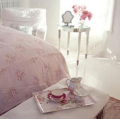 Petal pink and French grey with mirrored furniture Pink Bedrooms, Shabby Chic Bedrooms, Shabby Chic Homes, Shabby Chic Decor, Mirrored Furniture, Home Furniture, Mirrored Table, Simply Shabby Chic, Romantic Homes