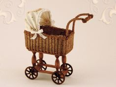 WC/512, wicker doll's carriage, scale 1 : 12, made by Will Werson.