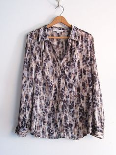 Ann Taylor LOFT Size L Long Sleeve Blouse #AnnTaylorLOFT #Blouse #Career #anntaylor #anntaylorLOFT