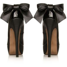 Chanel bow pumps